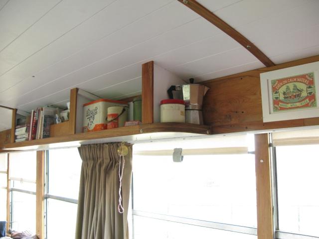 Open kitchen shelf
